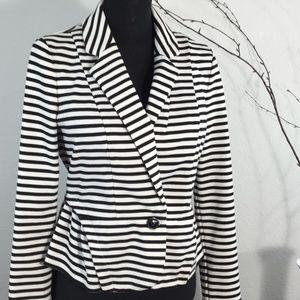 Elle jacket sz M